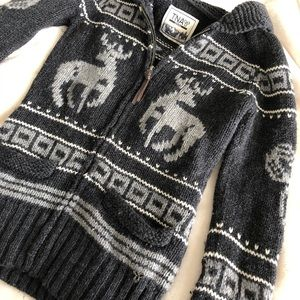 TNA 100% Lambswool Sweater (dark)